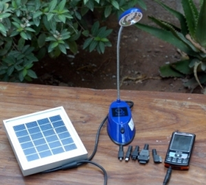 FireFly 12 Mobile_solar lighting
