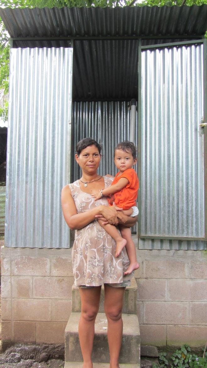 dry composting latrines_el salvador