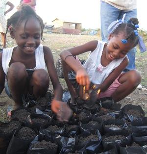 Kids planting trees_Haiti