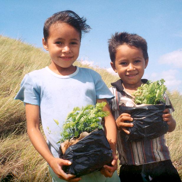 children plant trees