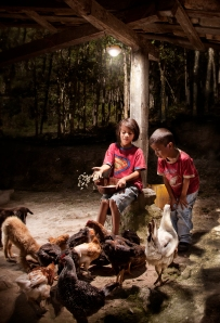 children with solar light Honduras