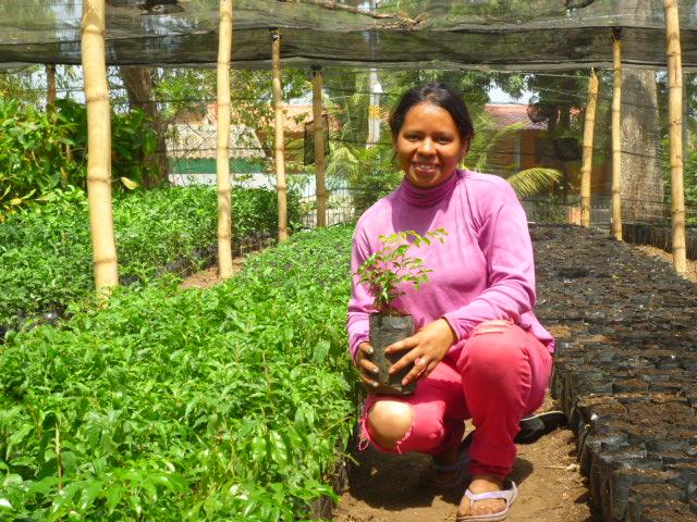 Sra Guadalupe Padilla Auxiliar de Viverista