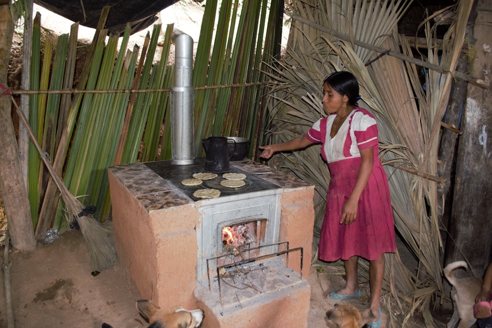 New clean cookstove in Guatemala