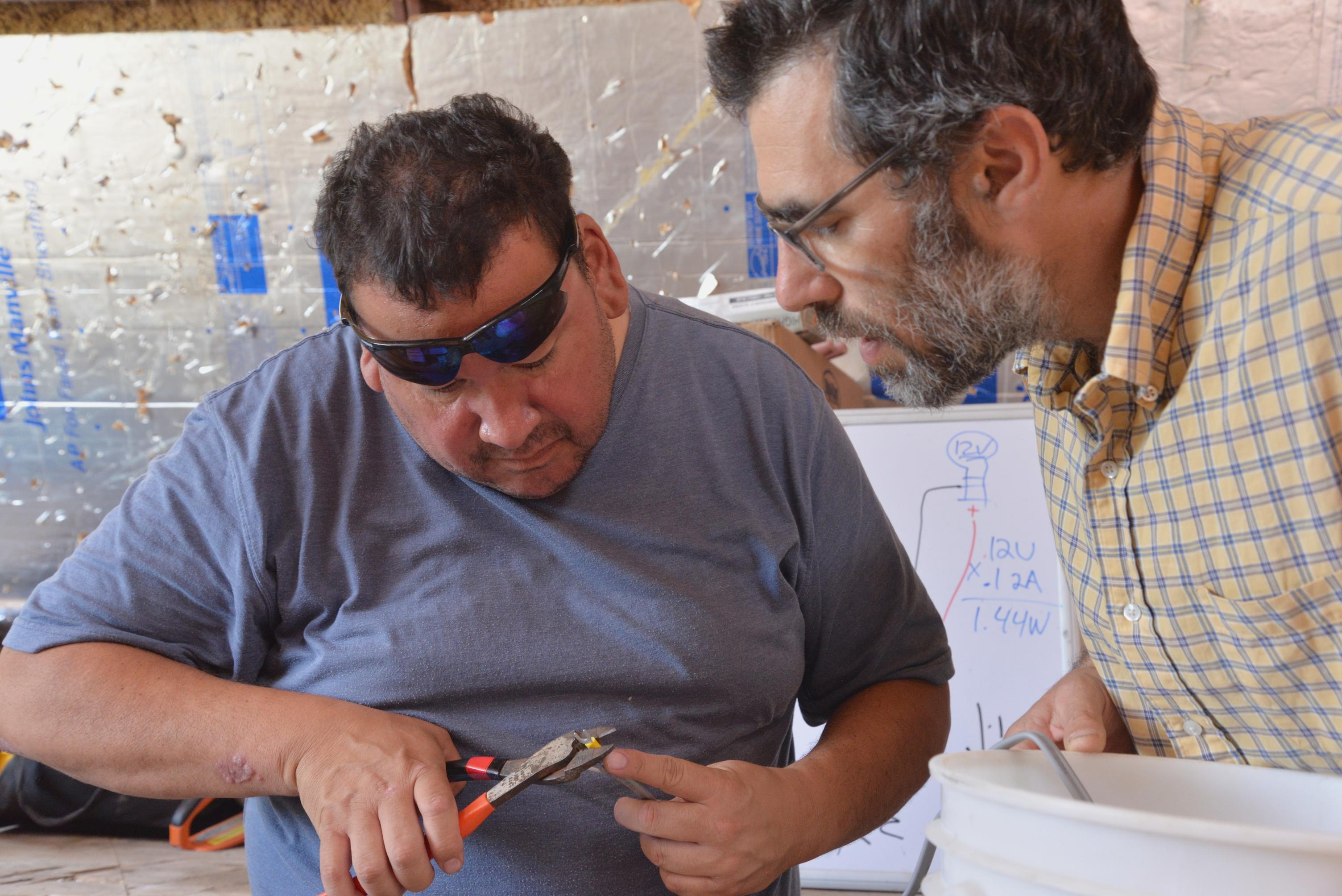Art Rave at Mobile Power Station workshop